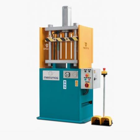 hydraulic press / forming / vertical / custom
