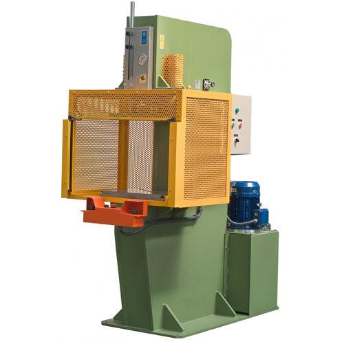 hydraulic press / punching / vertical / C-frame