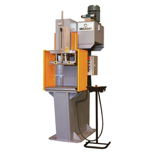 hydraulic press / forming / C-frame