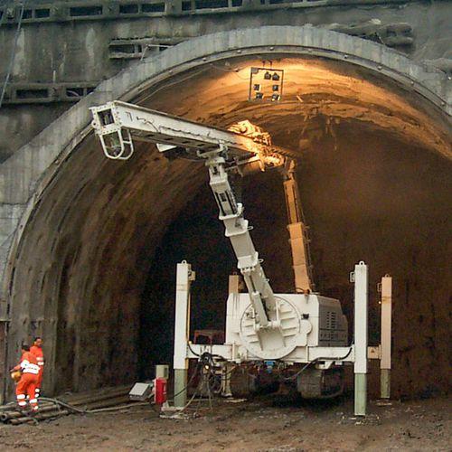 tunnel consolidation drilling rig / crawler / rotary / hydraulic
