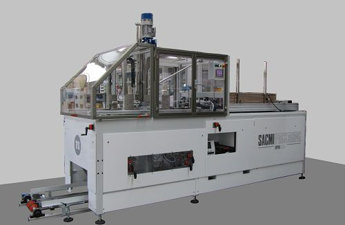 PLC-controlled tray forming machine / horizontal / hot-melt glue