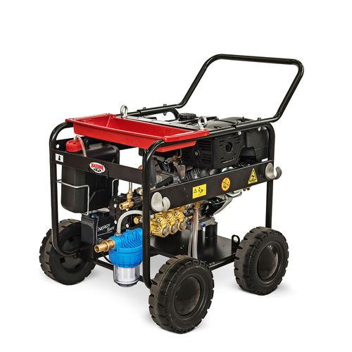 cold water cleaner / diesel / mobile / high-pressure