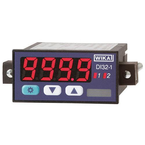 universal indicator / digital / panel-mount / plug-in