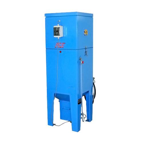 cartridge dust collector / pneumatic backblowing / for sandblasting