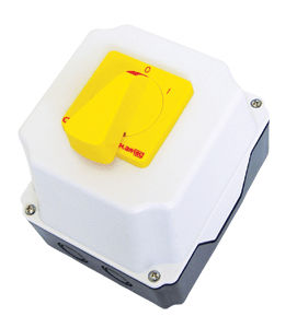 disconnect switch for photovoltaic applications / enclosed