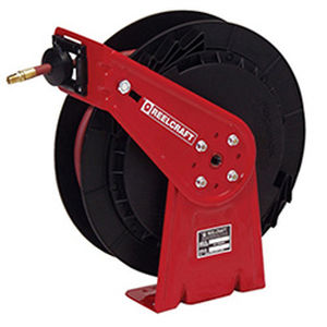 hose reel / self-retracting / with mounting bracket / for water