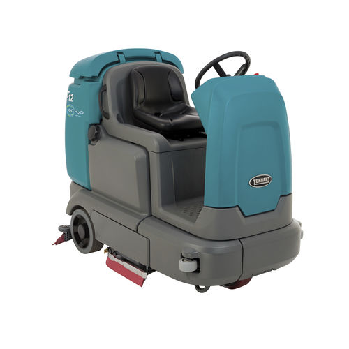 ride-on scrubber-dryer