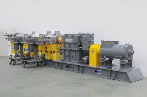 compounding extruder / for rubber / for hot-melt / co-rotating twin-screw