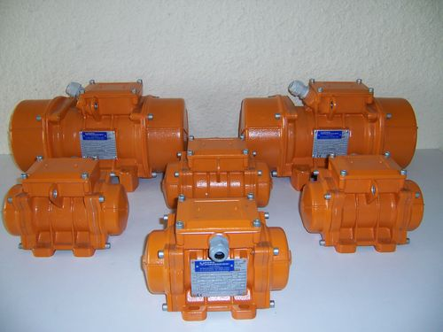 electric vibrator / multi-product / for concrete / for hoppers