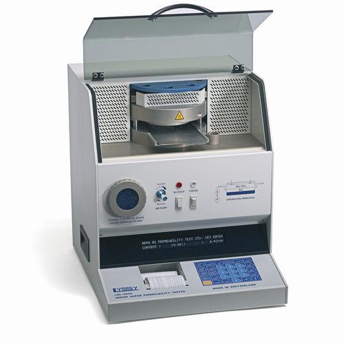 water analyzer / for plastic film / permeability / benchtop