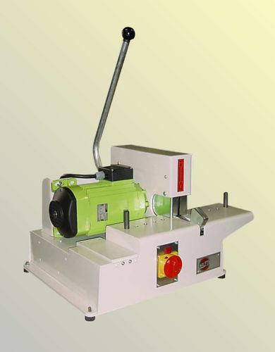 rubber cutting machine / knife / for hoses / electric