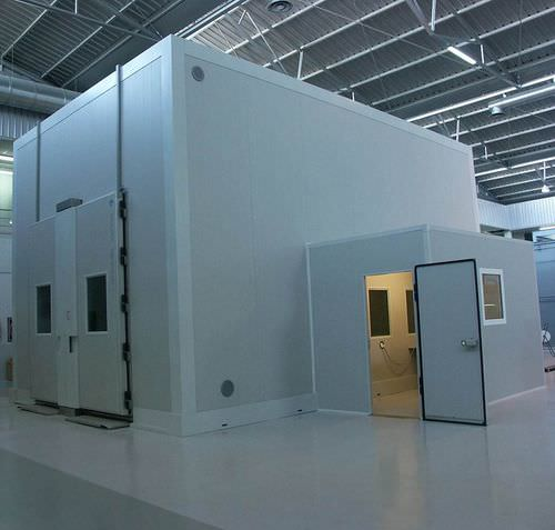 climatic test chamber / for automobiles / large