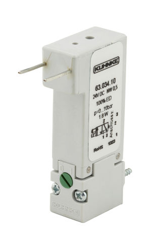 solenoid-operated pneumatic directional control valve