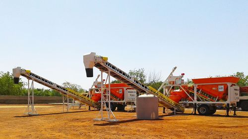 mobile concrete batching plant / automatic