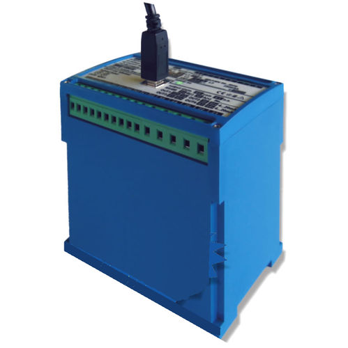 DIN rail voltage transmitter