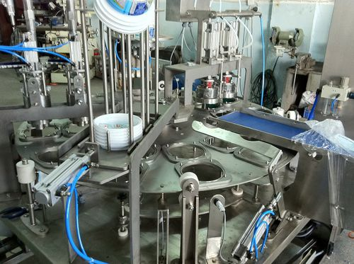 automatic filler and capper