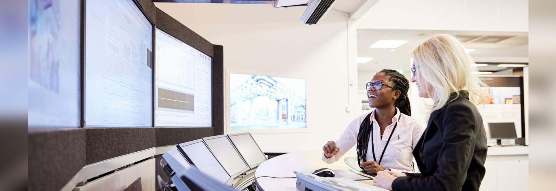 ABB introduces MicroSCADA X control solution and SDA600 control cabinet