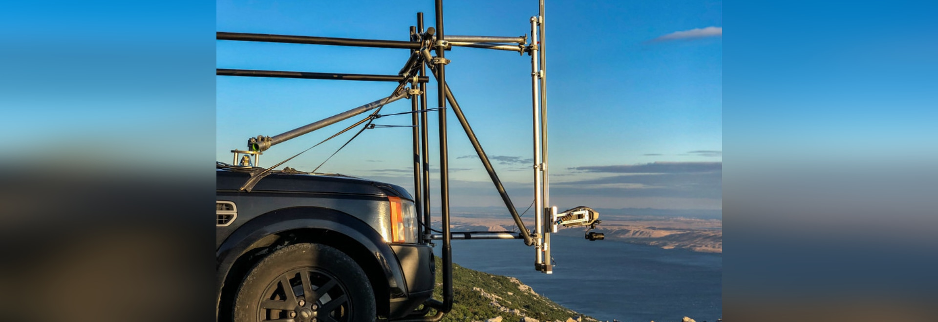belt driven guide system camera rig