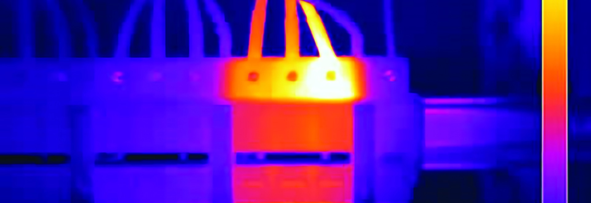 FLIR thermal image: cable connections