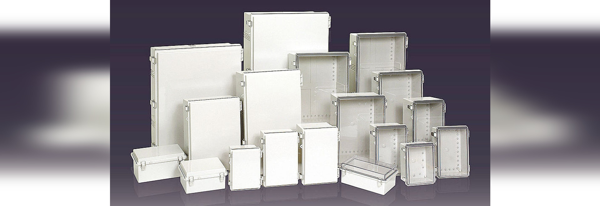 IP66/67 Plastic enclosure with molded hinge and latch