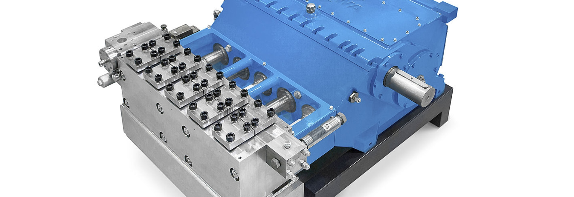 New design for plunger pump: splitted gear box and improved maintenance possibilities
