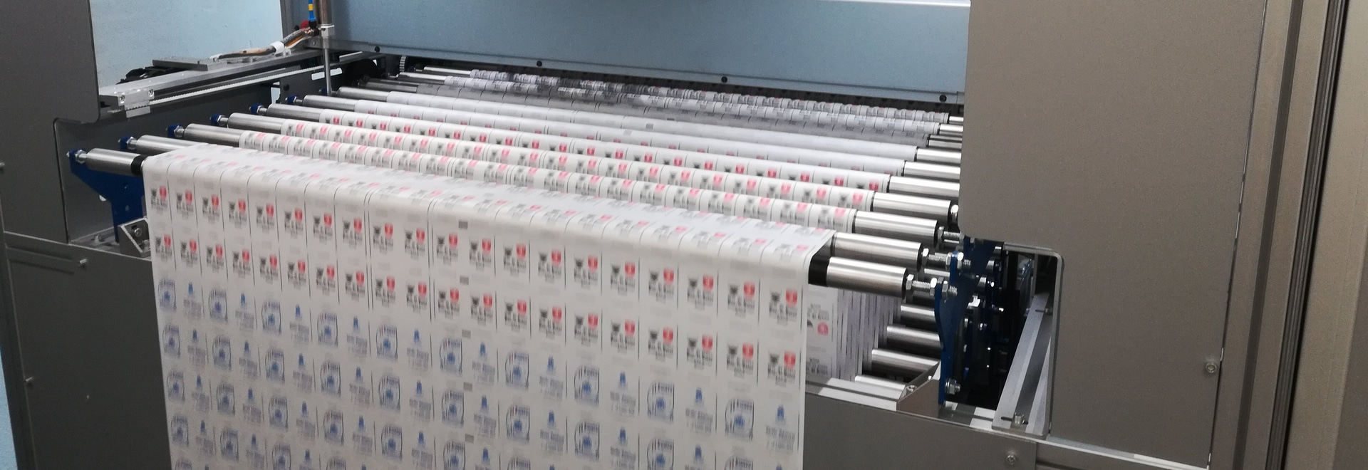 Novarese Zuccheri of Italy uses this digital press to customize single-serve sugar packets.