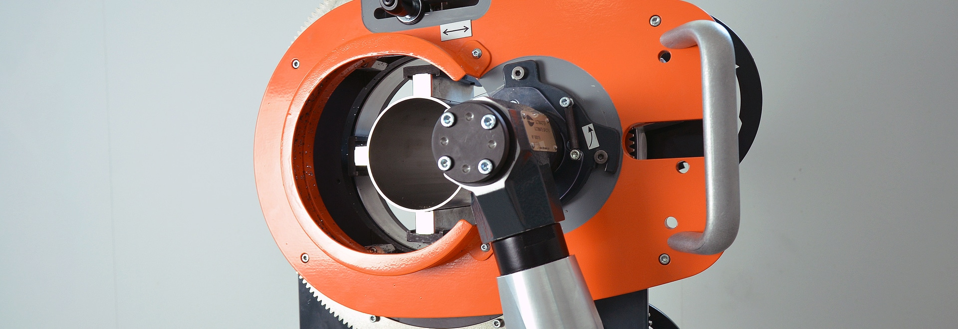 Orbital Tube Cutting Saw - US6