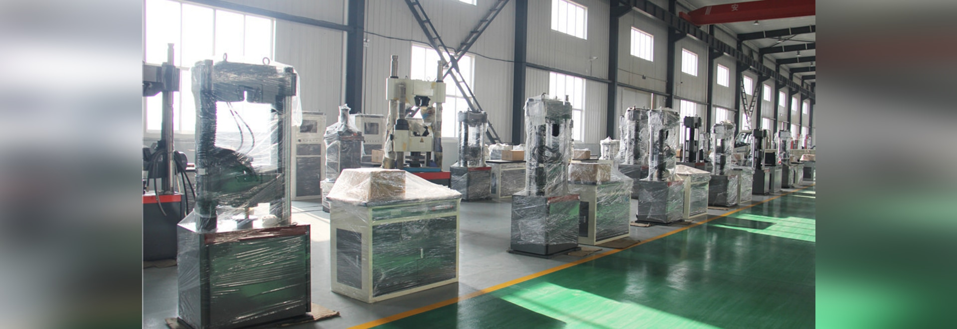 Permeable paving brick/concrete tile bending performance testing machine meeting the standard requirements