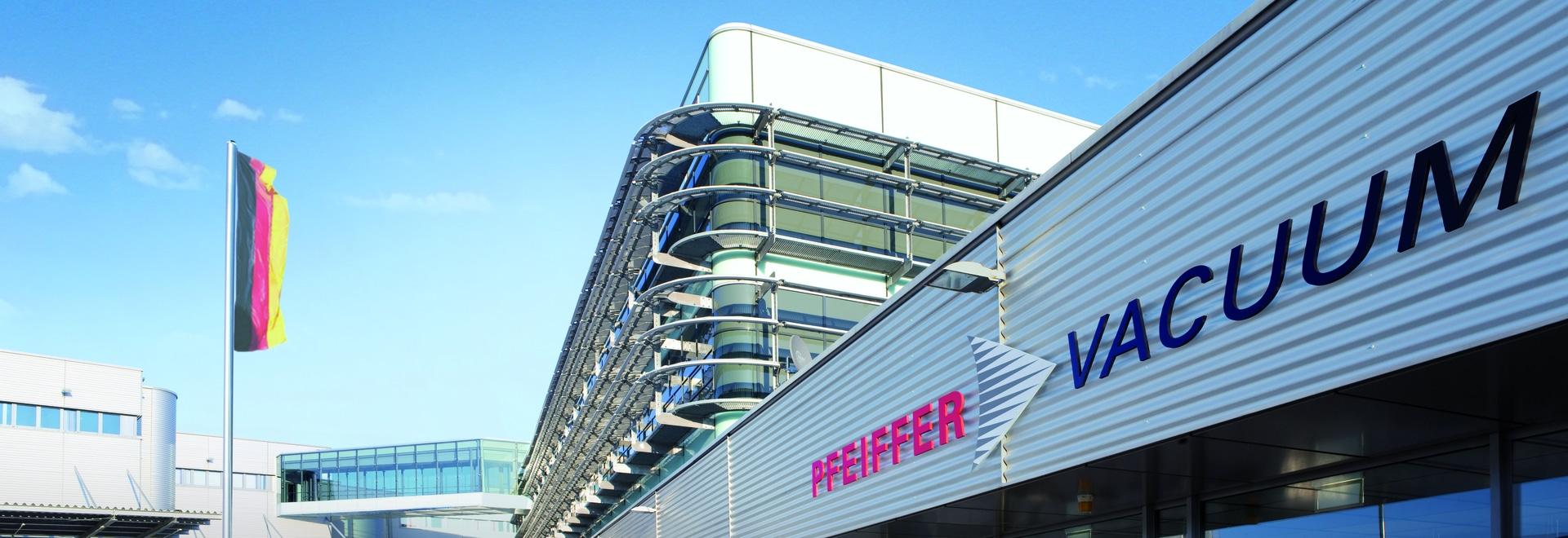 Pfeiffer Vacuum Firmengebaeude Asslar