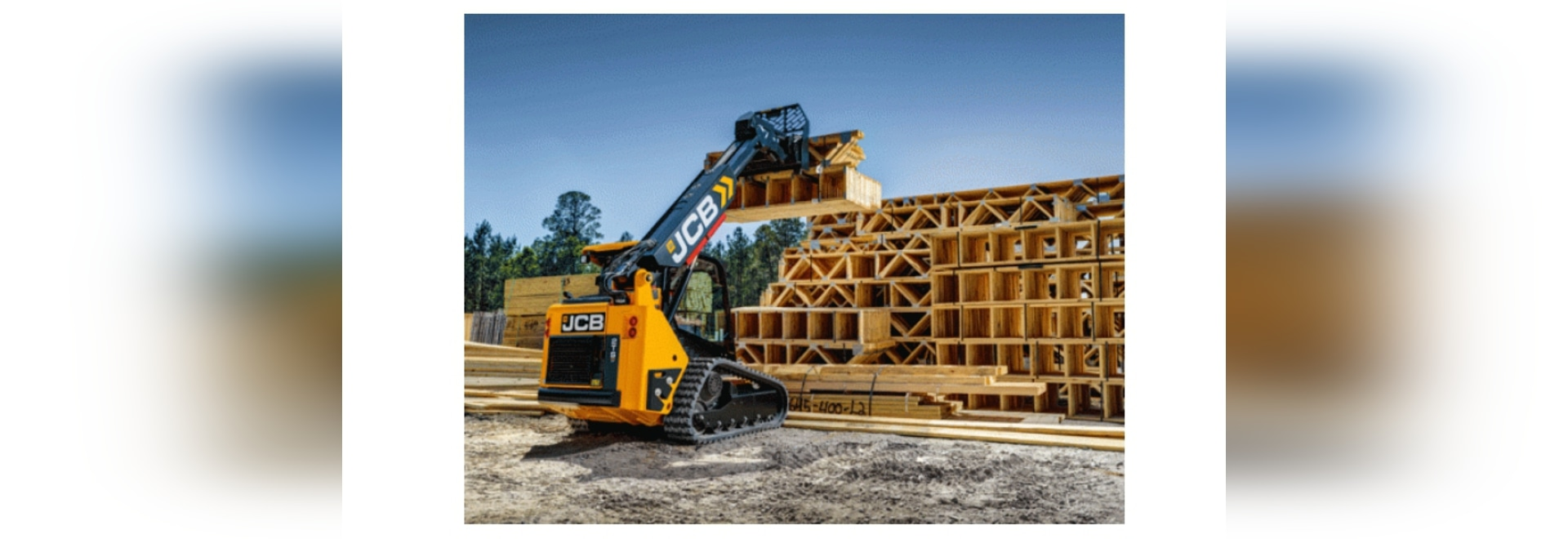 Rated operating capacity for the JCB 2TS-7T Teleskid is 1,140 pounds with the boom fully extended.