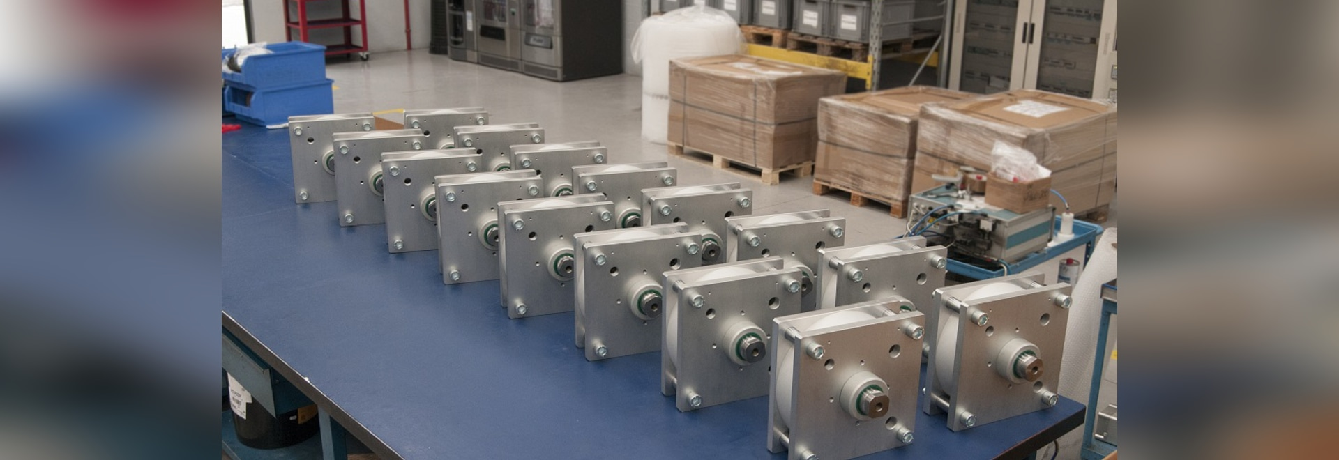 SPECIAL COMPACT CYLINDERS Ø320