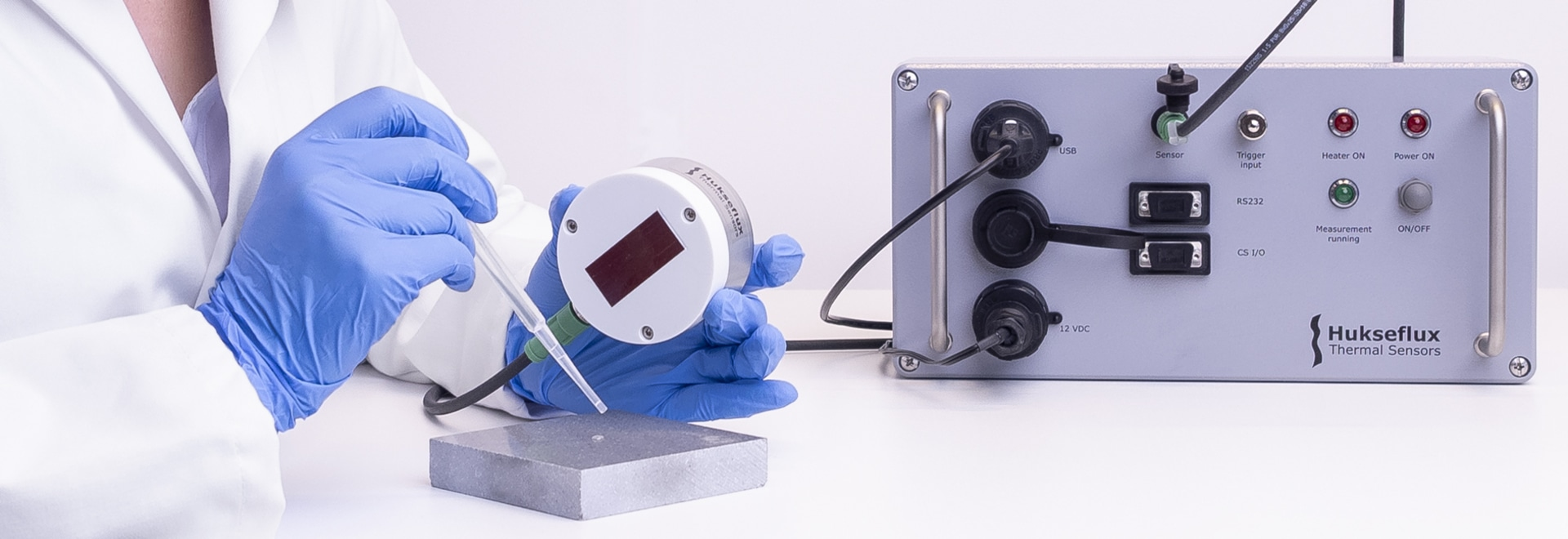 STPSYS05 measuring system for determining thermal properties