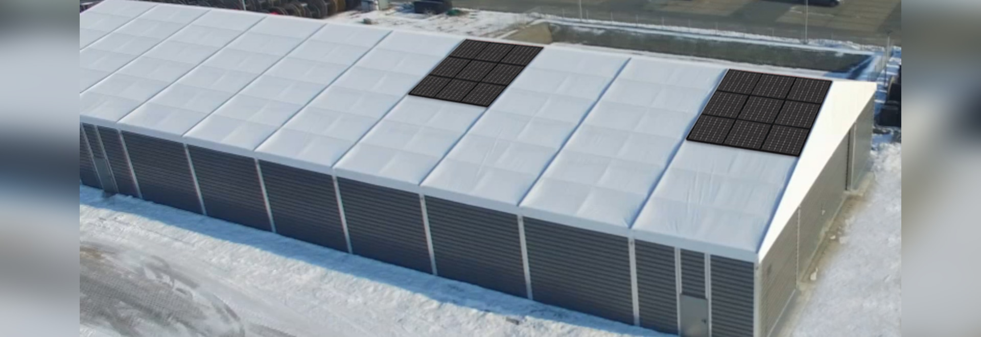 Temporary warehouse with photovoltaics