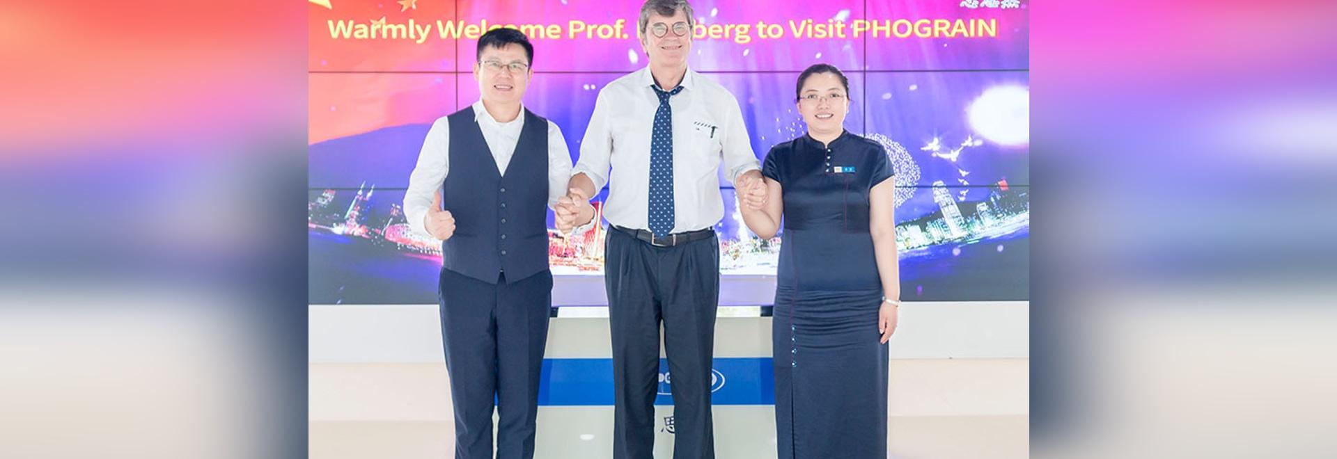 Warmly Welcome Prof. Dieter Bimberg Visiting PHOGRAIN