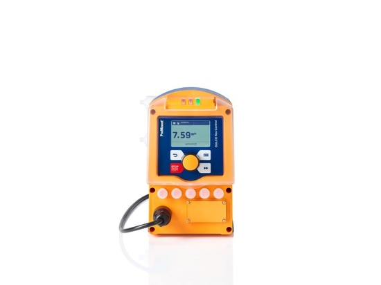 The peristaltic metering pump DULCO flex Control has a capacity of 10 ml/h up to 30 l/h at up to 7 bar. The unique changing technique developed by ProMinent enables the quick and straightforward re...
