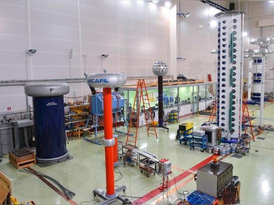 KOLEKTOR ETRA et SANERGRID ont investi dans un laboratoire dernière génération avec mesure de décharges partielles