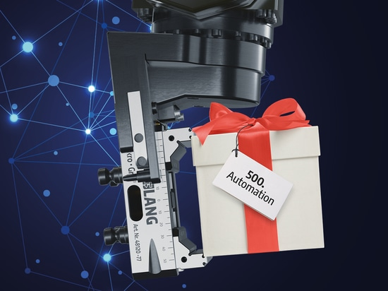 Win a RoboTrex 52 automation system at the EMO 2019!