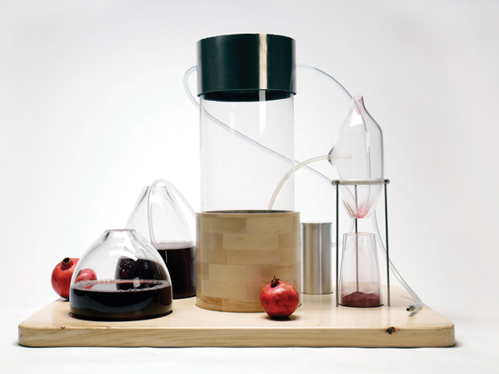 Imperial graduate creates system for turning fruit and vegetable waste into dyes