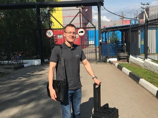 Stanislav Biryukov visiting customers