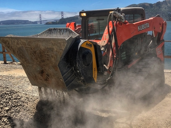 SKID STEERS, LOADERS, BACKHOE LOADERS:9 TIPS TO USE YOUR EQUIPMENT TO ITS FULLEST