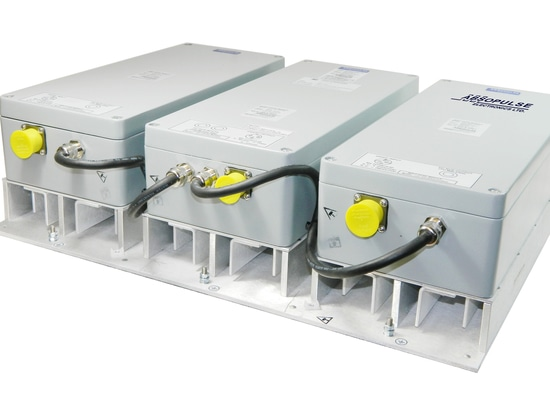 IP66-rated DC-AC sine wave inverter for applications where only pure convection cooling is feasible