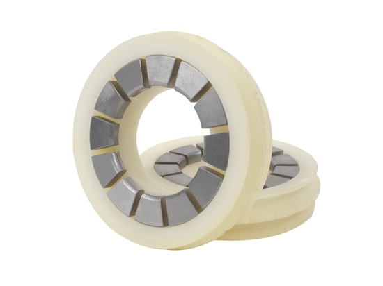 Type D of large gap ultrahigh-pressure sealing components