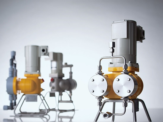 """Smoothflow Pump XPL Series - Introducing """"Smart Pumps,""""precision pump technology condensed into a compact body"""