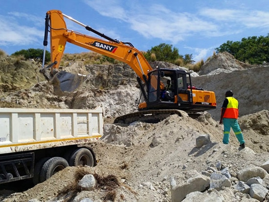 Sany Excavators Used in South African Cement Plant Construction