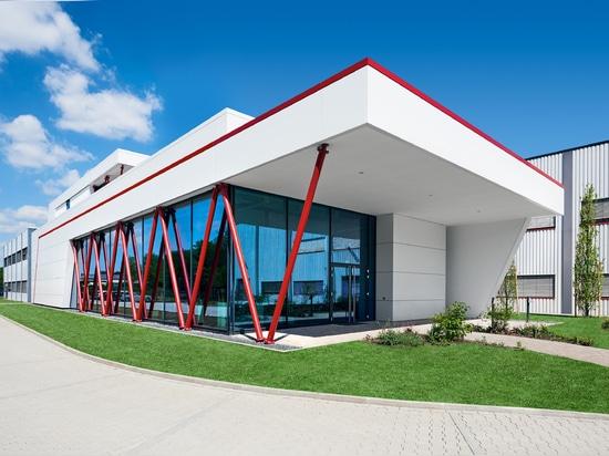 New valve technology training centre opens its doors