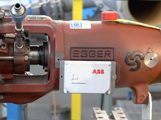 Egger pump with ABB Smart Sensor on test bed at the pump factory Emile Egger, Cressier