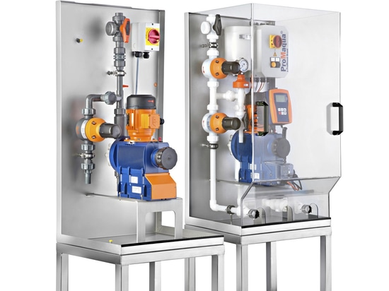 Metering systems DULCODOS® F&B with stainless steel bracket and metering pump of the Sigma product range.