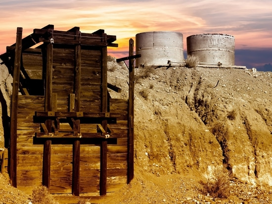 The largest source of anthropogenic mercury emissions