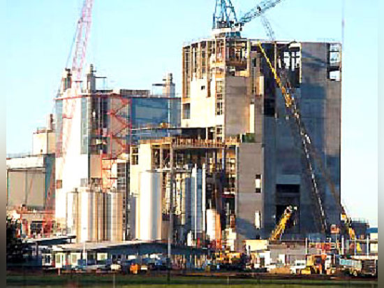 Fonterra Cooperative Group Ltd is generated 20% of all New Zealand exports in 2003 and was responsible for 96% of New Zealand's milk production.