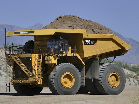 Caterpillar 796 AC, 798 AC Mining Trucks